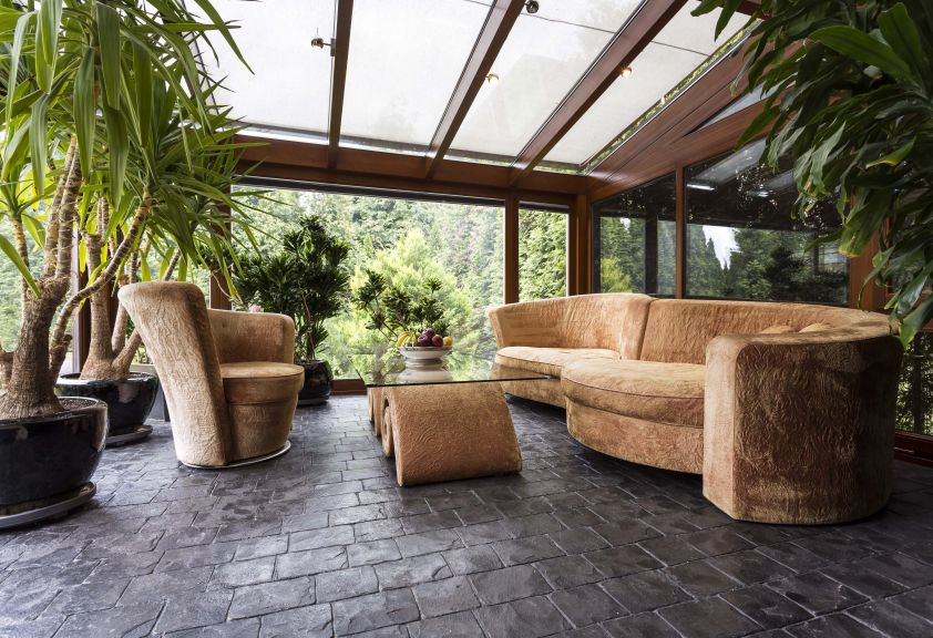 Patru motive ca sa iti acoperi podeaua cu piatra naturala