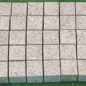 GRANIT, LEOPARD WHITE, PIATRA CUBICA, 8X8, 8, FIAMAT