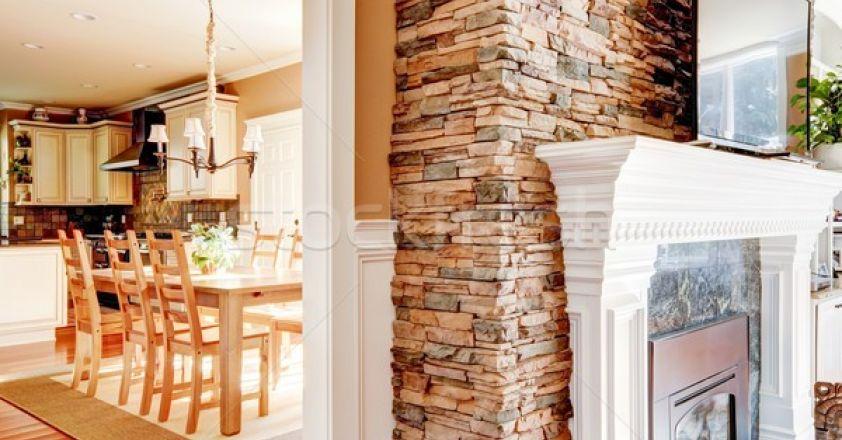 Modalitati prin care poti incorpora piatra naturala in camera de zi