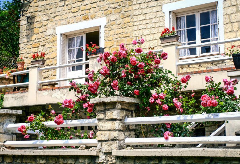 Recondiționarea clădirilor vechi cu piatră naturală
